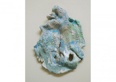 <strong>Large Blue Mask</strong> 2013<br>Glazed ceramic 60x30cm