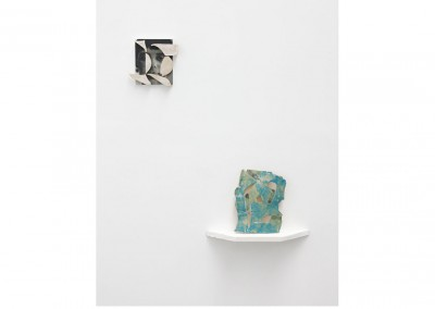 Bronte and Shield<br>Oil and glazed ceramic on panel, Glazed ceramic / 25x20cm, 20x22cm / 2014